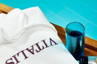 חופשה קסומה ויוקרתית ב-50% הנחה במלון הרודס ויטאליס!