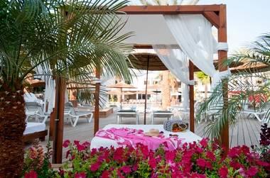 חופשת הכל כלול עם חויה קולינרית במלון לאונרדו פריויליג' אילת ב-50% הנחה !