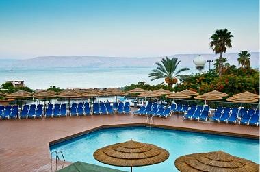חופשה קסומה אל מול חוף הכנרת בלאונרדו פלאזה טבריה ב- 50% הנחה!